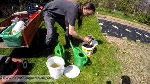 Komposttee zubereiten